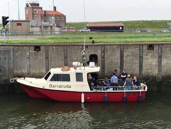 Barracuda in de sluis van Vlissingen.