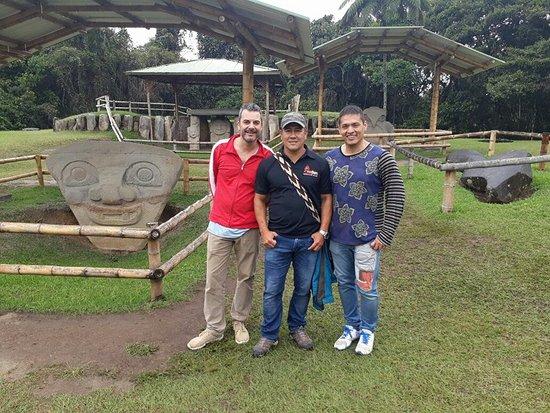 San Agustin, Colombia: Saludos desde la mesita B del parque arqueológico de San Agustín