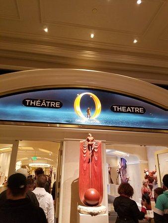 O - Cirque du Soleil Photo