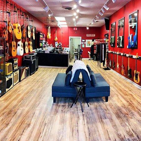 SoGlo Guitar Gallery