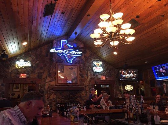 Love & War In Texas: Bar Area