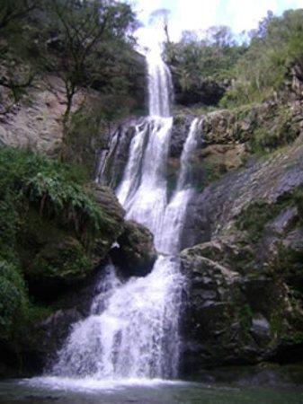 Vespasiano Correa, RS: A bela cascata Rasga Diabo