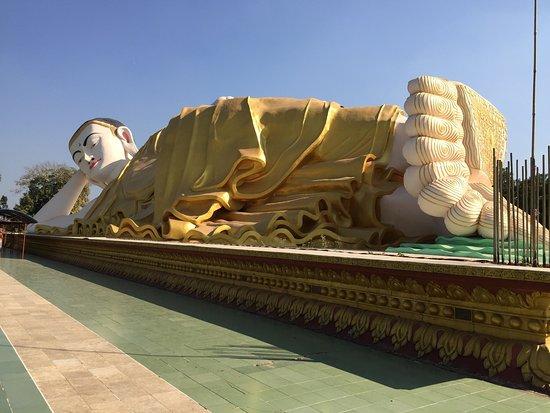 Mya Tha Lyaung Reclining Buddha