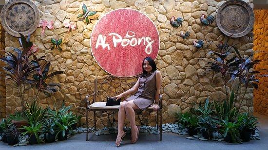 Floating Market Ah Poong: WIsata Kuliner di Sentul