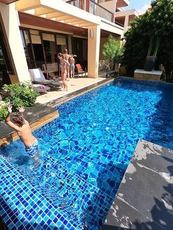 Movenpick Resort Bangtao Beach Phuket: Amazin in-room private pool