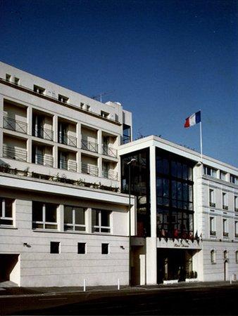 Kurzreise Nach Paris Atrium Hotel Suresnes Bewertungen Tripadvisor