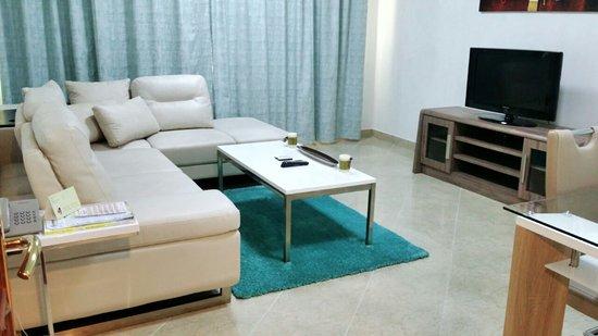 Abu Dhabi Plaza Apartments Hotel