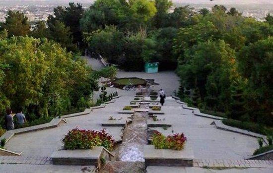 Malayer, Iran: upstairs