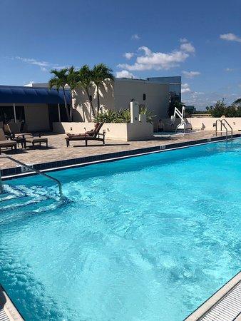 Pool - Fort Lauderdale Marriott North Photo