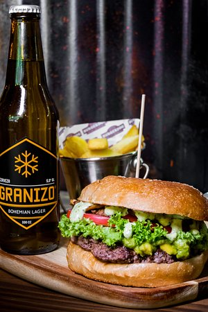 Oveja del huerto y cerveza Granizo