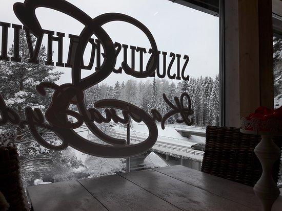 Valkeala, Finlandiya: Kiva näkymä ikkunasta