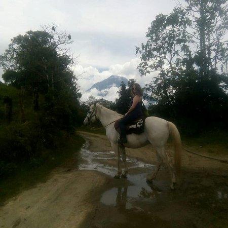 Patate, الإكوادور: tours en caballos en la zona de amortiguamiento del parque nacional llanganate
