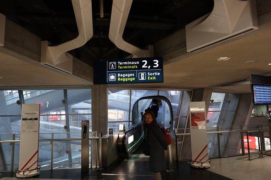 Paris-Charles-de-Gaulle-flygplatsen: バゲージクレィム