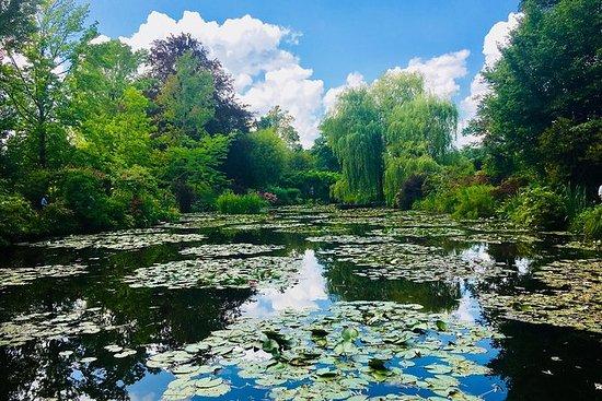 Giverny et Versailles-Tour Privé...