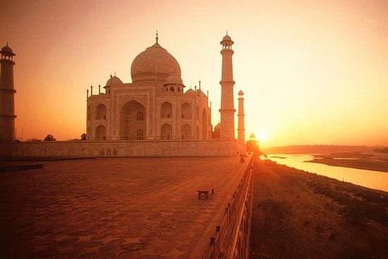 Privat kort 2 dage i Agra besøger Taj Mahal Solopgang og solnedgang fra New Delhi: Private Short 2 Days in Agra visiting Taj Mahal Sunrise & Sunset From New Delhi