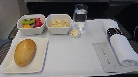 Cathay Pacific: 商務客艙餐飲