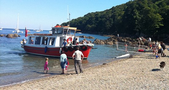 Cawsand ferry to Plymouth