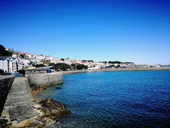 Guernsey, UK: island vibe.🕶️🏖️