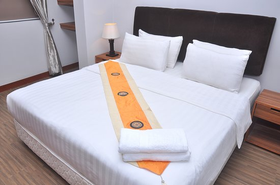 Secrets Hotel: Deluxe Room lvl 1