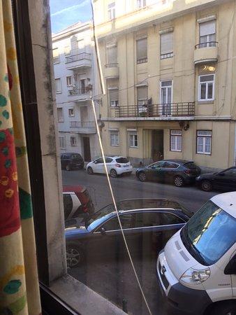 vitre de la fenêtre de la chambre