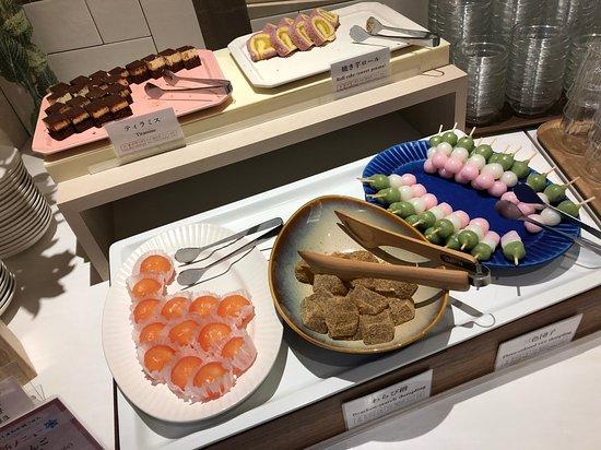 Vessel Hotel Campana Nagoya: 朝食ビュッフェ