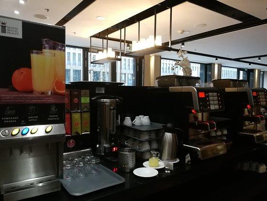 Jus & boissons chaudes (buffet)