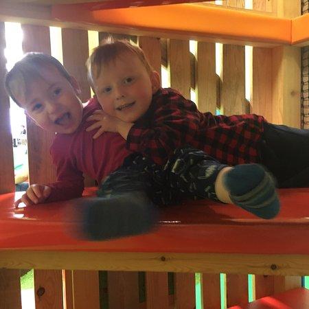 Haywards Heath, UK: The Tree House Soft Play and Cafe