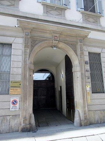 Palazzo Alari Visconti