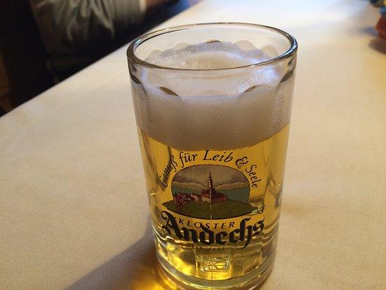 Andechs, Nemecko: An afternoon libation - una bebida por la tarde!