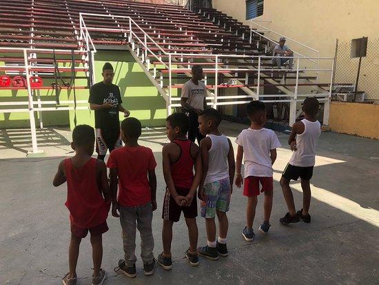Boxing coaching at Rafael Trejo