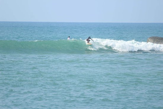 Unakuruwa, Sri Lanka: yes... also its good for the all kind of surfers 🏄🏄