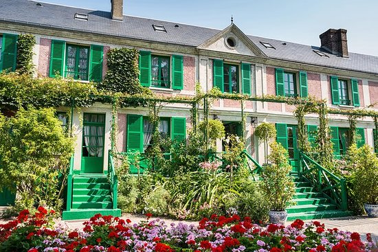 Rouen Guided Visit & Giverny Gardens...
