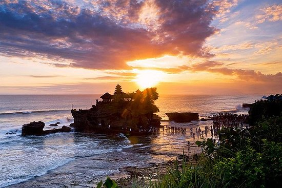 Bali Famous Temple Tour with Sunset...