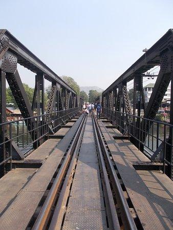 River Kwai: 渡るべし