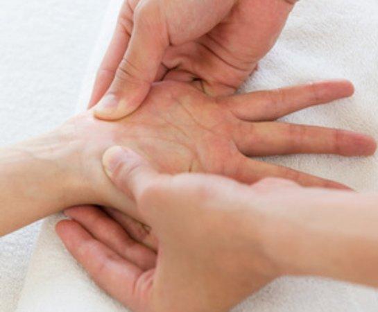 MAITRII, H2 Inhalation Therapy & relaxation: 新メニュー:手足のスペシャルトリートメントでゆったりとお休みください。