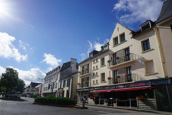 Le Faou, França: parking à proximité, plain centre ville