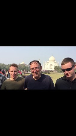 Private Full Day Taj Mahal and Fatehpur Sikri Tour from Delhi By Car: Taj Mahal