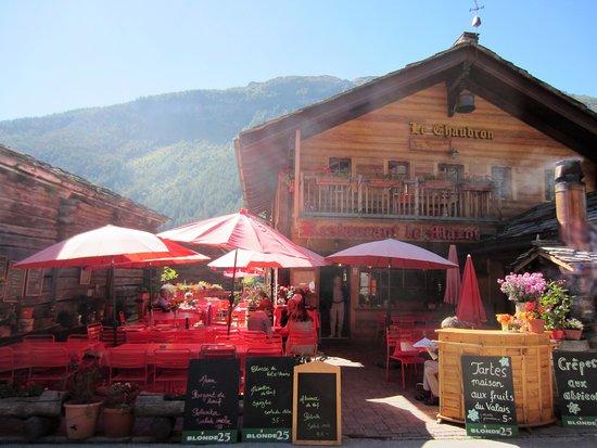 Evolene, Switzerland: Chez Raymonde - Le Vieux Mazot