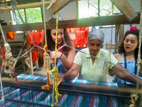 Sooriya Weaving