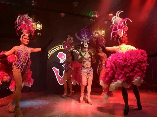 Moo Moo Cabaret show bar