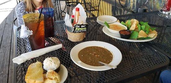 Broussard's Bayou Grill - Pensacola Bild