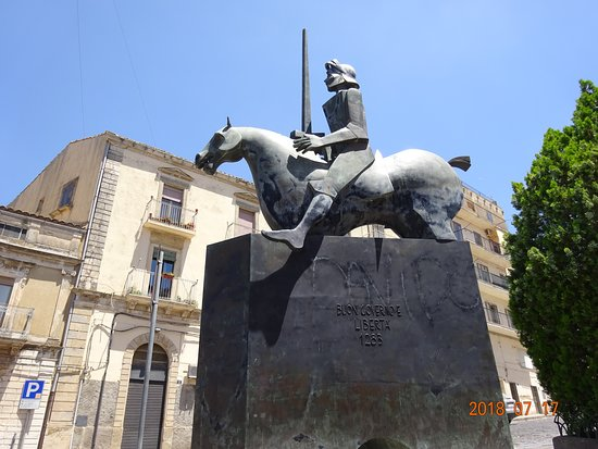 Monumento a Gualtiero