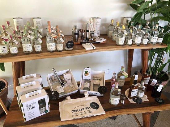Distillery Visit at Chalong Bay Rum: La boutique
