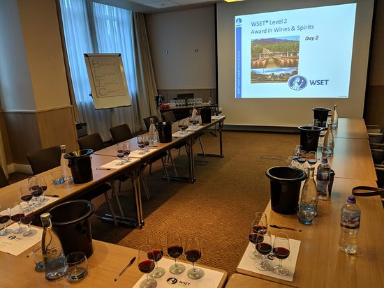 ‪Thames Valley Wine School - Day Classes‬