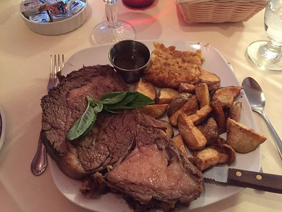 Groton, NY: Prime Rib with roasted potatoes