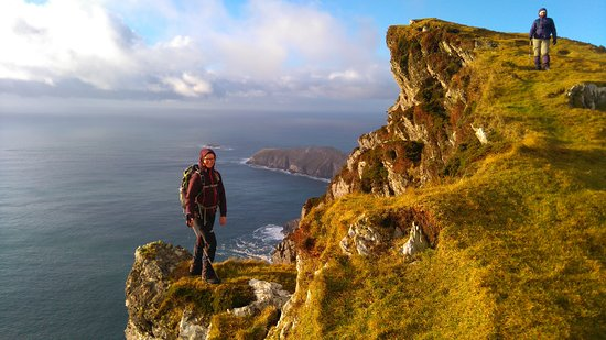 Newport, Ирландия: Our visits to Achill Island, hiking the stunning coastline of Achill Head.