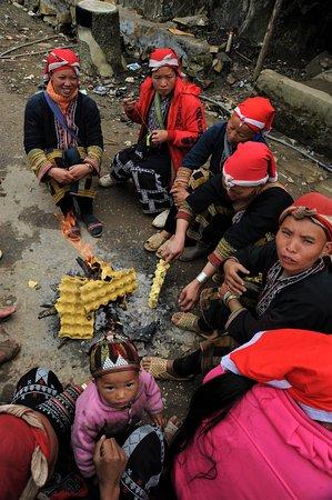 Salotto all'aperto nel nord Vietnam.