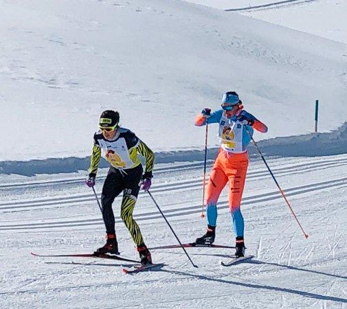 S-chanf, Sveits: 03.03.2019_Eiríkur: Spitze am Frauenlauf Engadin Skilanglauf bei schnellen Loipen und wunderschönem Wetter