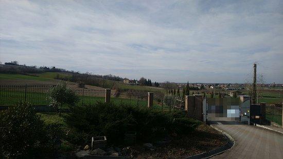 Viguzzolo, Italy: esterno ingresso cancello la maddalena