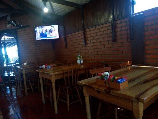 Palotina, PR: Espaço interno do restaurante Taba - 2